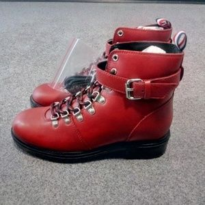 Shoes - Womens Boots size 8